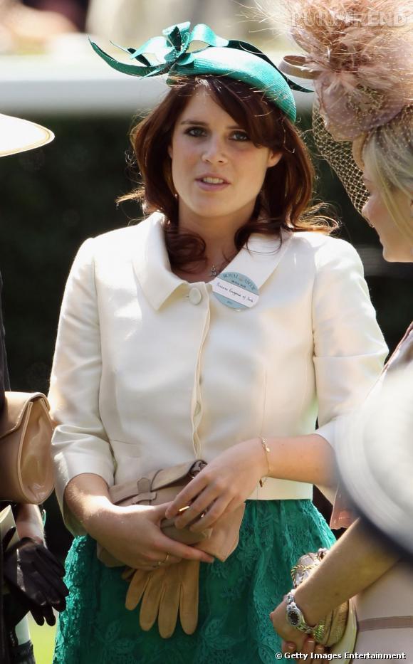 La princesse Eugénie, fidèle aux couleurs vives pour la course hippique d'Ascot.