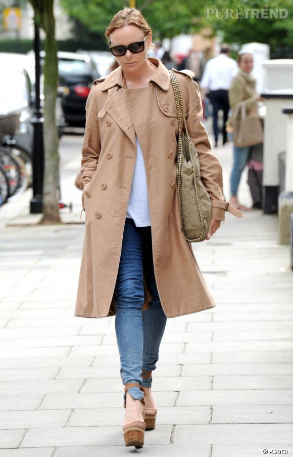 Stella McCartney dans les rues de Londres.