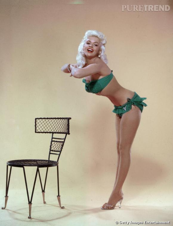 Jayne Mansfield, réputée pour ses rôles de blonde idiote, a eu l'intelligence de porter le bikini parmi les premières