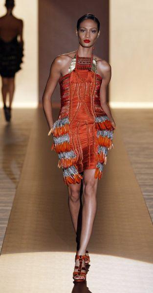robe africaine tendance. Black Bedroom Furniture Sets. Home Design Ideas