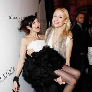 Kelly Ruthersford, liée d'amitié avec la styliste de Alice + Olivia Stacey Bendet. Pas bête pour avoir des vêtements à gogo !