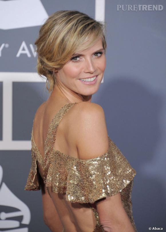 Heidi Klum  affiche une chevelure toute en nuances sur le red carpet.