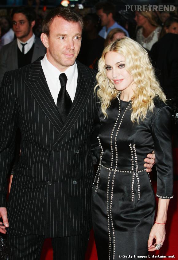 Madonna sera mariée à Guy Ritchie de 1999 à 2008.