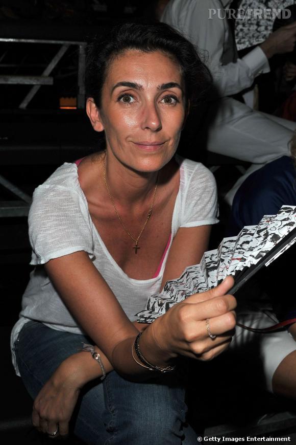 Mademoiselle Agnès a chaud au premier rang de Lanvin.