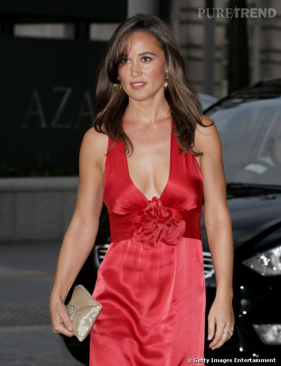 Pippa Middleton se rend à la soirée Boodles Boxing Ball à Londres.