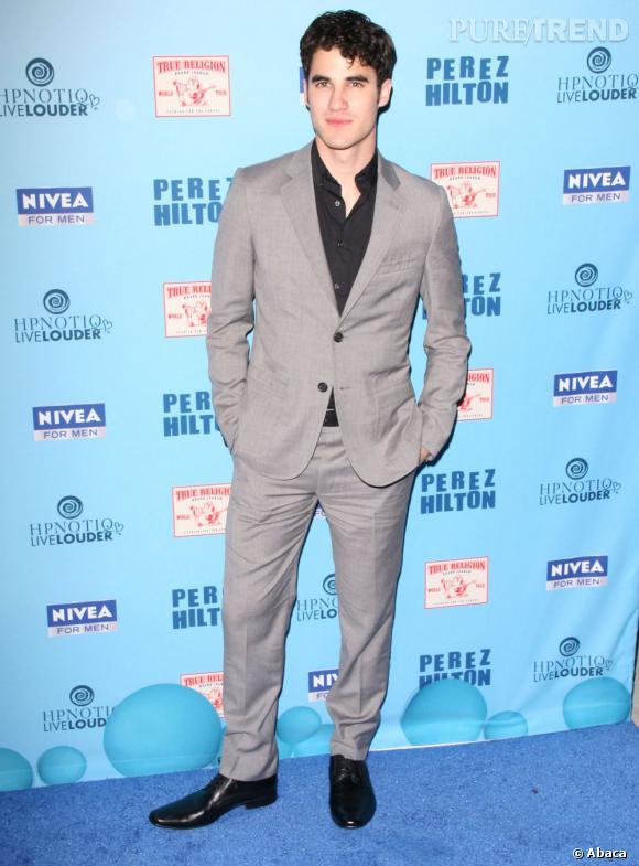 """À la dernière place de notre top 20, Darren Criss qui incarne Blaine dans la série musicale évènement """"Glee"""". Gay dans la série, dans la vraie vie il fait craquer les filles."""