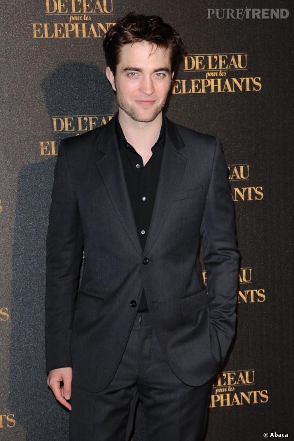 La Robert mania n'est pas prête de s'essouffler. Déjà grand vainqueur l'année dernière, Robert Pattinson est de nouveau classé n°1 des hommes les plus sexy.