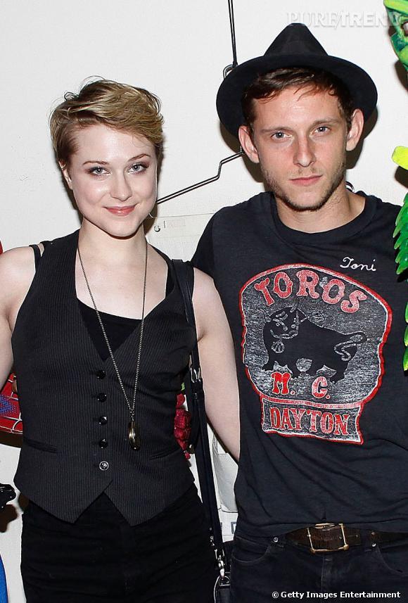 Adieu le look cracra, Jamie Bell cultive aujourd'hui un style rock, boyfriend au chapeau de l'actrice Evan Rachel Wood.