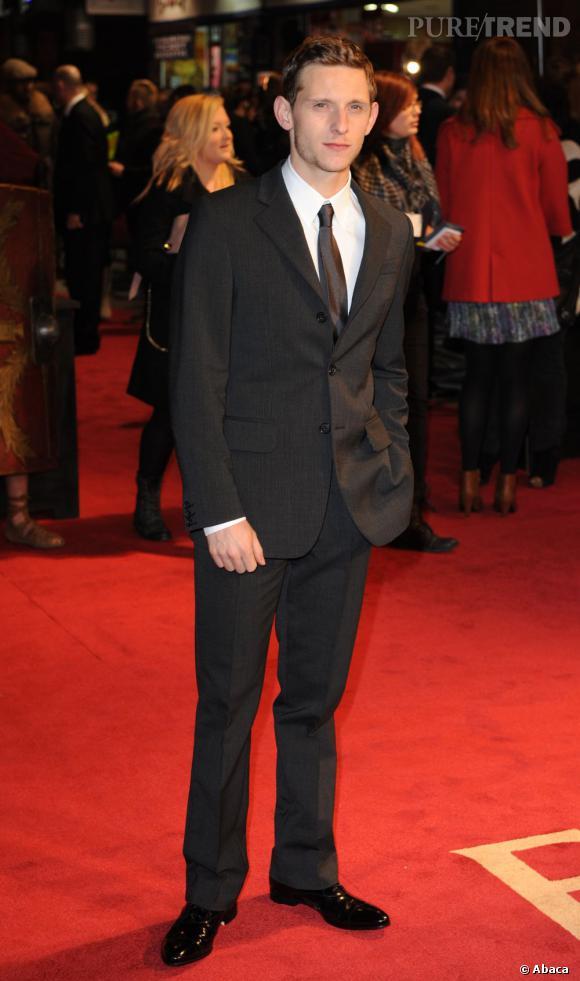 2011 : Jamie Bell est un autre homme. La coupe soignée, le costume impeccable et la chaussure vernie, le voilà prêt à conquérir Hollywood.