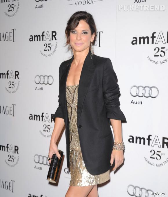 Un look tout en brillance pour l'actrice.