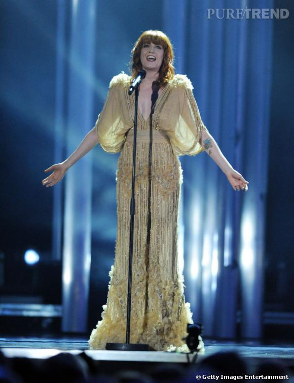 Florence Welch portant une robe Elie Saab.