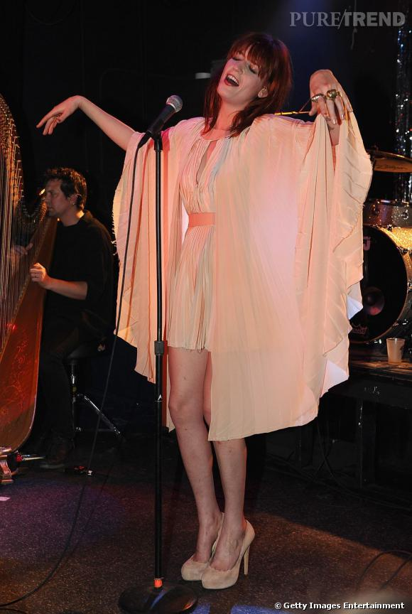 Florence Welch portant une robe Richard Nicoll.