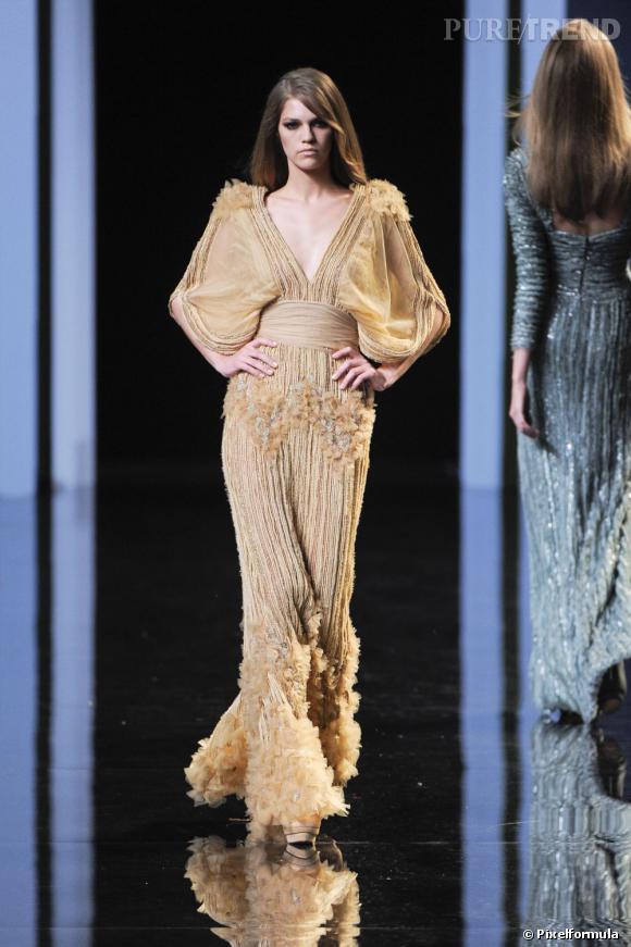 Défilé Elie Saab Haute Couture automne-hiver 2010-2011.