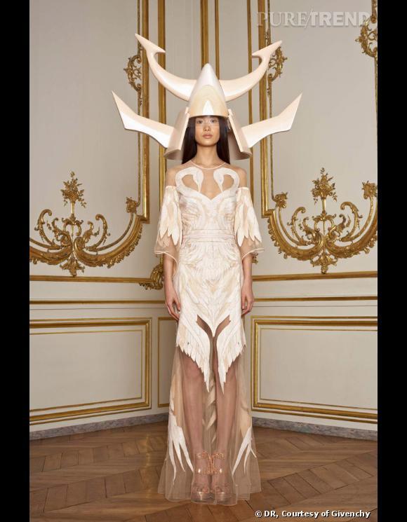 Collection Givenchy Couture printemps-été 2010.