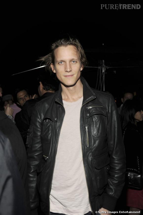 Miami Art Basel   Magnus Berger, beau gosse ancien mannequin, ancien boyfriend de Julia Restoin Roitfeld, mais tout neuf rédacteur en chef de The Last Magazine