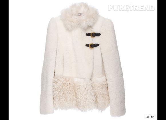 Zoom sur le mouton !     Manteau patchwork shearling,  Miu Miu  , 2535 €.