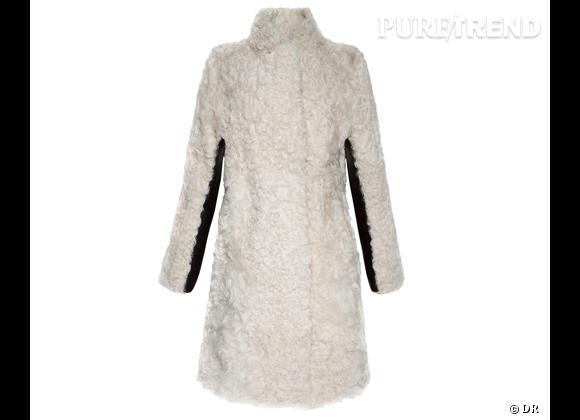 Zoom sur le mouton !     Manteau  Mongolie , Sandro, 1495 €.