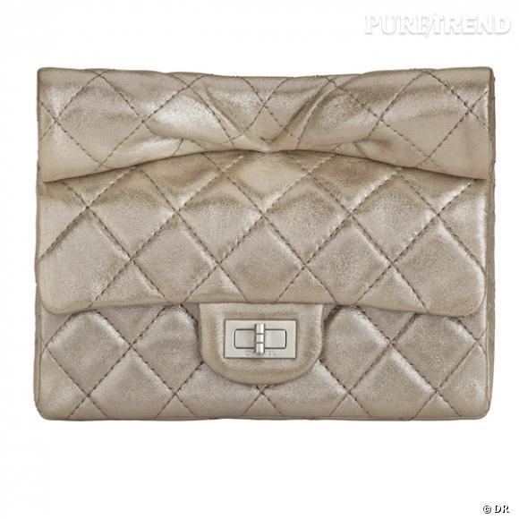 Pochette Chanel        Prix sur demande    Disponible en boutique en février 2012.