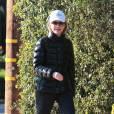 Calista Flockhart déprimante avec son look jogging...