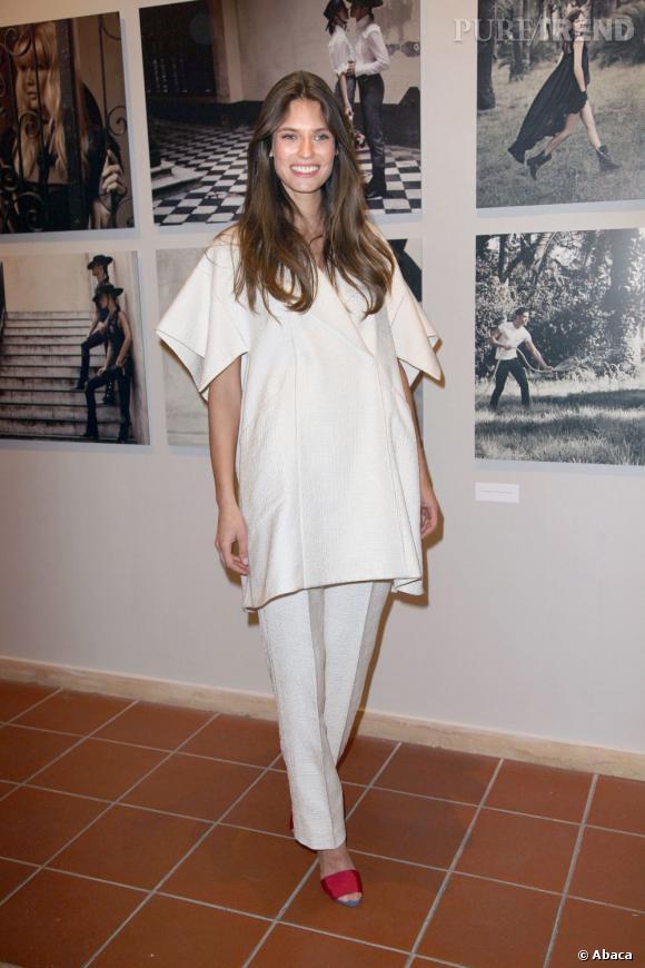 Ancienne muse de la maison Chanel, Bianca Balti est devenue l'égérie du parfum de Karl Lagerfeld. Une belle opportunité professionnelle.