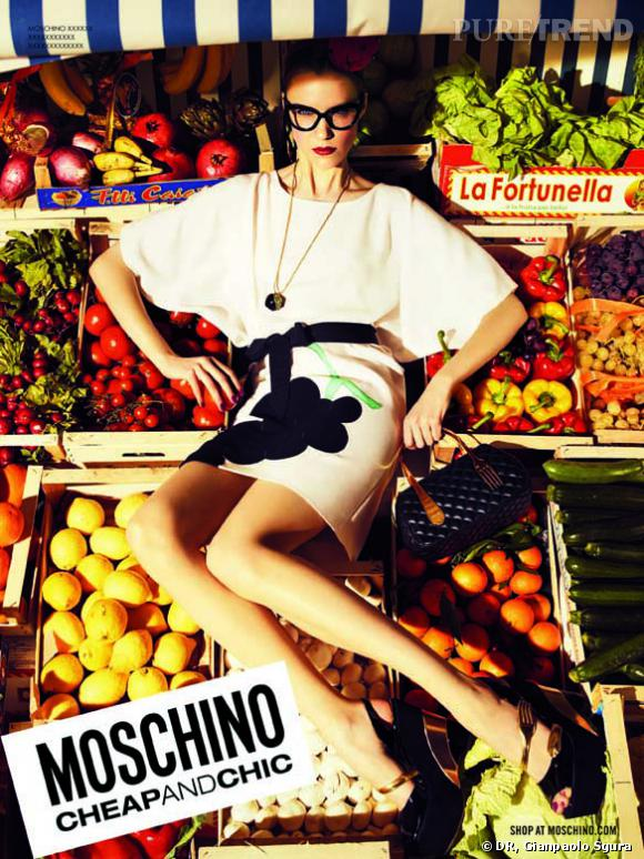 Campagne Moschino Cheap & Chic, Printemps-Eté 2012.
