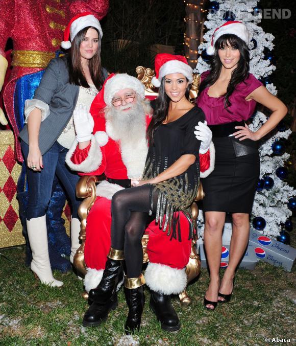 Autre passion commune, le père Noël. Chaque année, elles se battent pour savoir qui s'assiéra sur ses genoux. En 2008, c'est Kourtney qui a gagné.