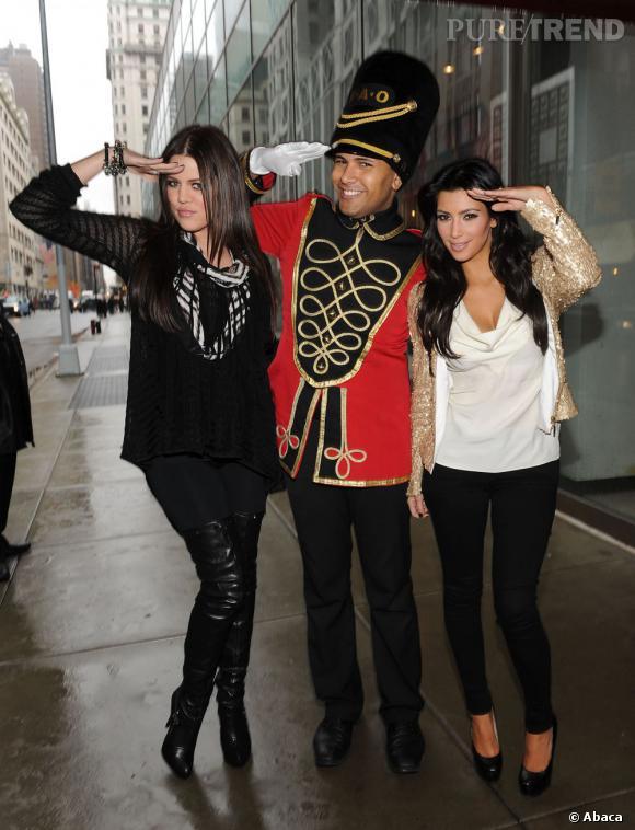 Dès que l'occasion se présente, on prend la pose, règle n°1 chez les Kardashian.