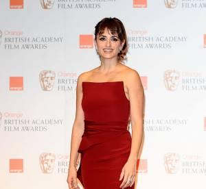 BAFTA 2012 : Penelope Cruz, la classe sur tapis rouge