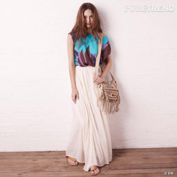 Jupon Antik Batik pour La Redoute, 79 euros, et blouse en voile de coton imprimée Antik Batik pour La Redoute, 39 euros. A shopper ici.
