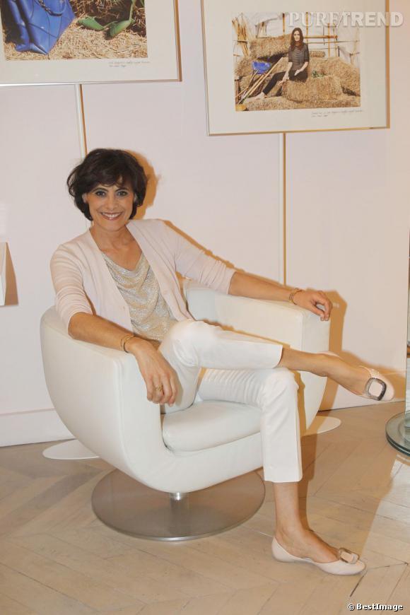 Inès de la Fressange lors du lancement de la collection Prismick de Roger Vivier à Paris.