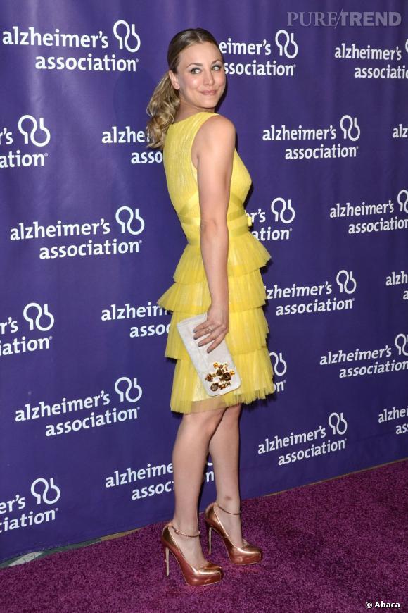 Kaley Cuoco à la soirée A Night at Sardi's par l'association Alzheimer à Los Angeles.