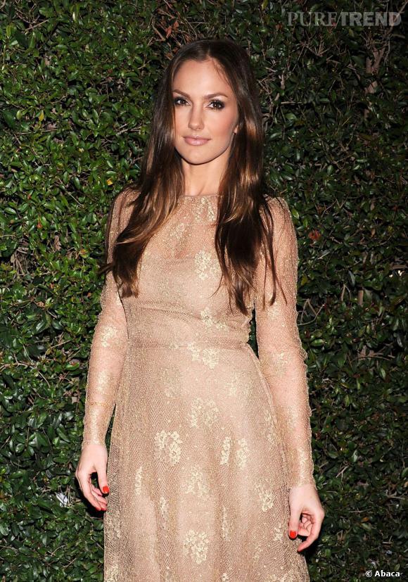 Minka Kelly à la soirée d'anniversaire des 50 ans de la maison Valentino à Beverly Hills.