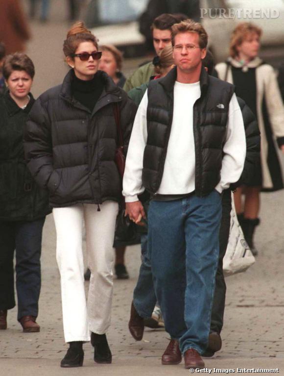 Après une blonde, il s'affiche avec une brune et pas n'importe qui puisqu'il s'agit du super top Cindy Crawford.