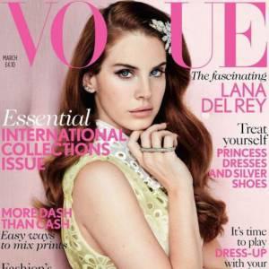 Lana Del Rey pour le magazine Vogue UK. Photographe : Mario Testino.