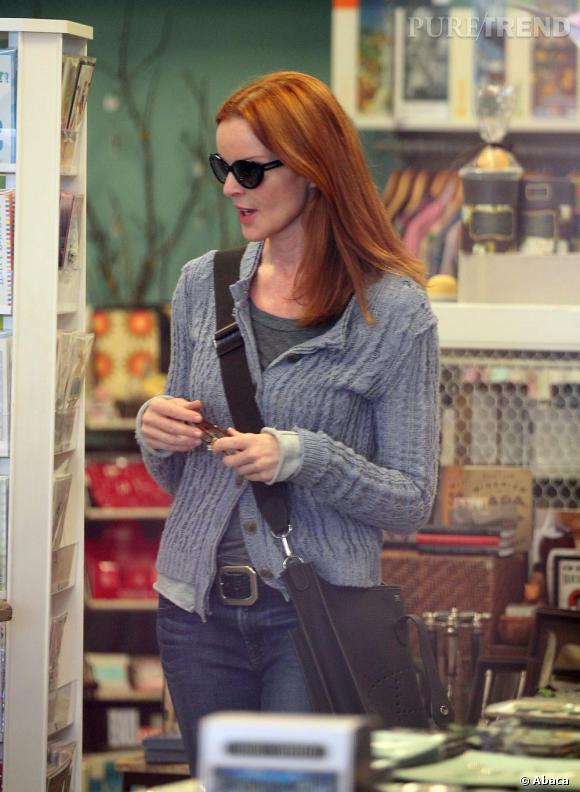 Marcia Cross dans les rues de Los Angeles version incognito.