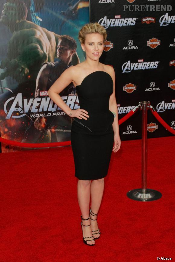 Scarlett Johansson et ses courbes affolantes.