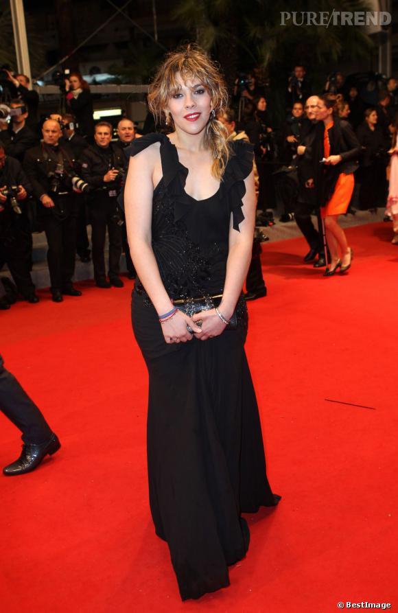 """Alysson Paradis assiste à la projection du film dannois """"Le Chasseur"""" lors du 65ème Festival de Cannes"""