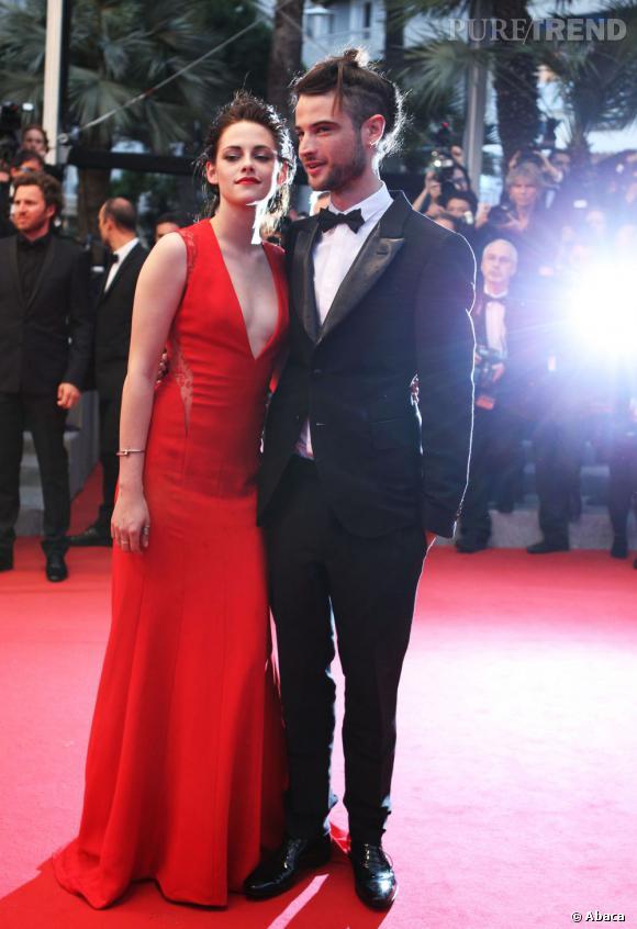 Kristen Stewart en Reem Acra et Tom Sturridge.