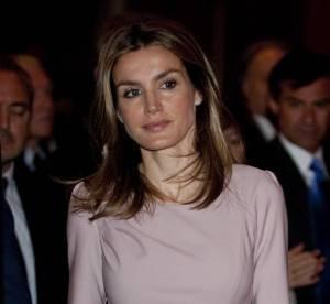 Letizia Ortiz, élégance poudrée