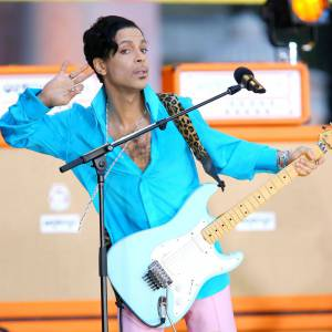 Prince, le Kid de Minneapolis n'a pas pris une ride.