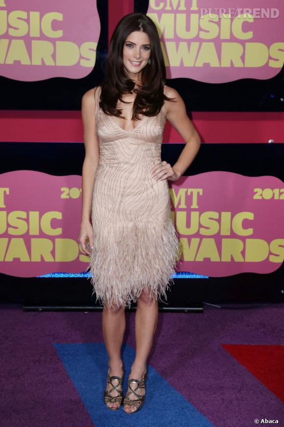 Ashley Greene au 2012 CMT Music Awards le 6 juin.