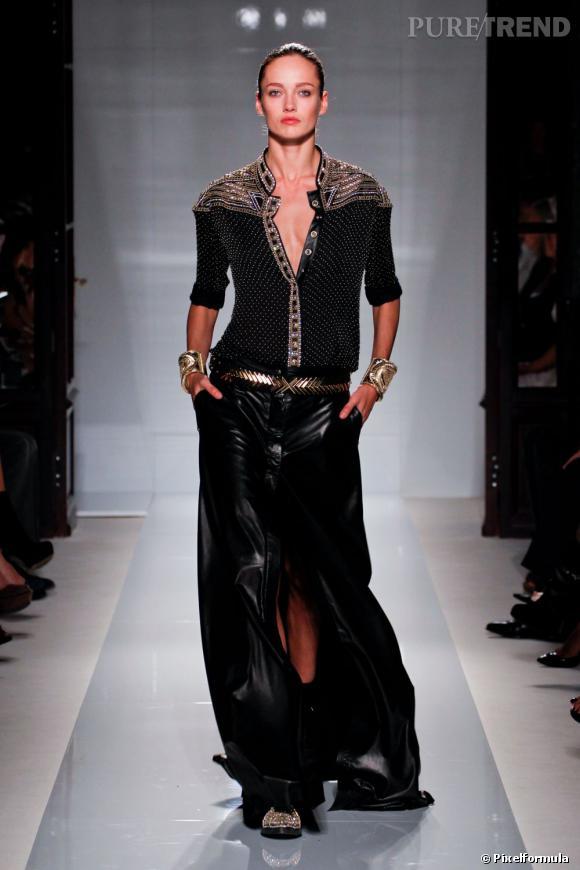 La tendance maxi robes et jupes vue sur les podiums Printemps-Eté 2012 :  Défilé Balmain