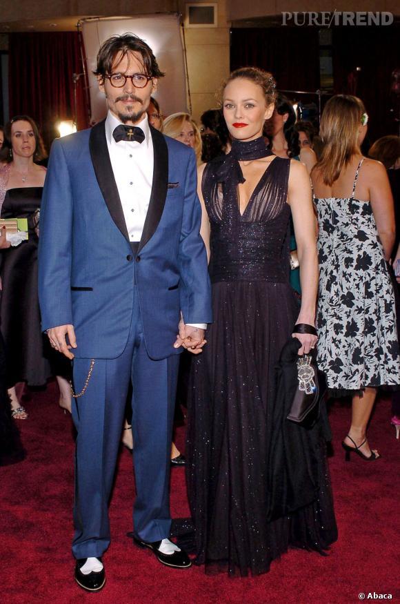 27 février 2005  : Johnny Depp et Vanessa Paradis font mouche pour les Oscars. Johnny tente un look des années 20 colorée, et Vanessa mise sur la transparence pailletée