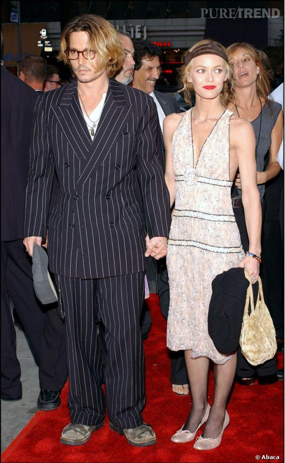 """8 septembre 2003  : Pour la première de """"Once Upon a Time in Mexico"""", Johnny Depp et Vanessa Paradis adoptent le style des années 20"""