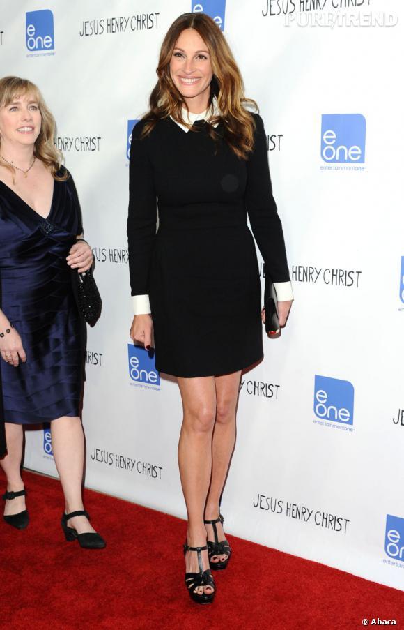 """N°6 : Julia Roberts.  Depuis """"Pretty Woman"""" l'actrice est l'une des plus populaires aux Etats-Unis. A l'affiche de """"Mirror Mirror"""" cette année, elle affiche un salaire de 16 millions de dollars."""