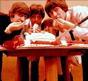 Joyeux Beatles Day ! 10 photos incongrues du plus grand groupe du monde