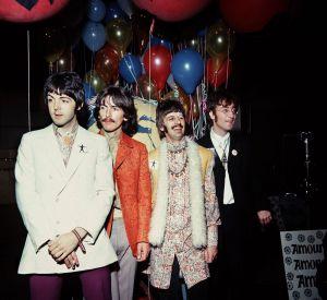 Les Beatles et leurs ballons multicolores.