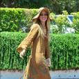En total look camel dans sa robe fripée trop large, Rachel Zoé ressemble à un sac à patates. Dommage, les accessoires étaient, quant à eux, très prometteurs...