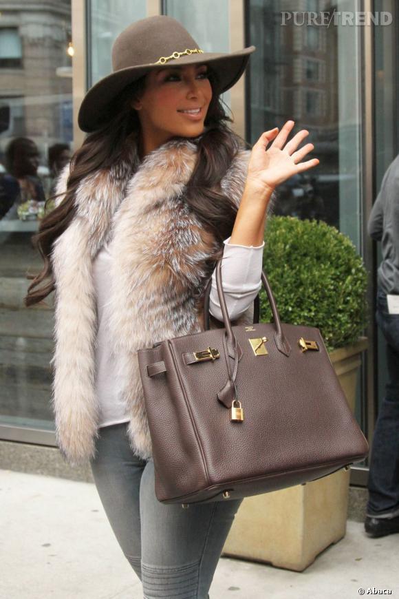 """""""Je suis plus célèbre que Jennifer Aniston, Angelina Jolie et Gwyneth Paltrow combinées"""" - Kim Kardashian."""