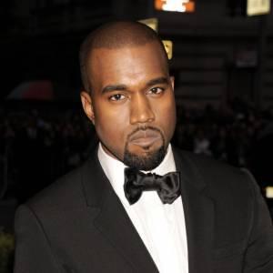 Jaloux de Taylor Swift pendant les MTV Music Awards, Kanye West lui met la honte devant des milliers de téléspectateurs. Une excuse Twitter plus tard, et c'est oublié. Mouais...